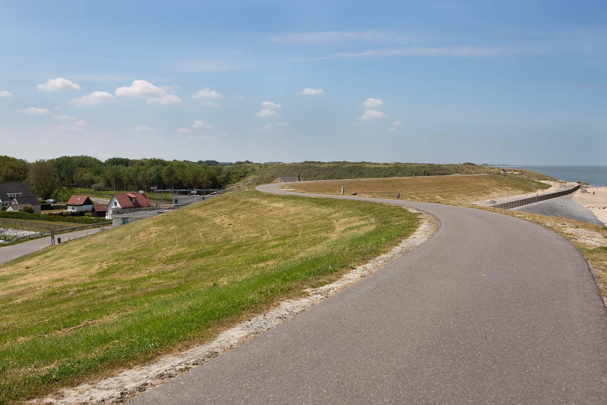 Fietsen langs de kust in west Zeeuws-Vlaanderen