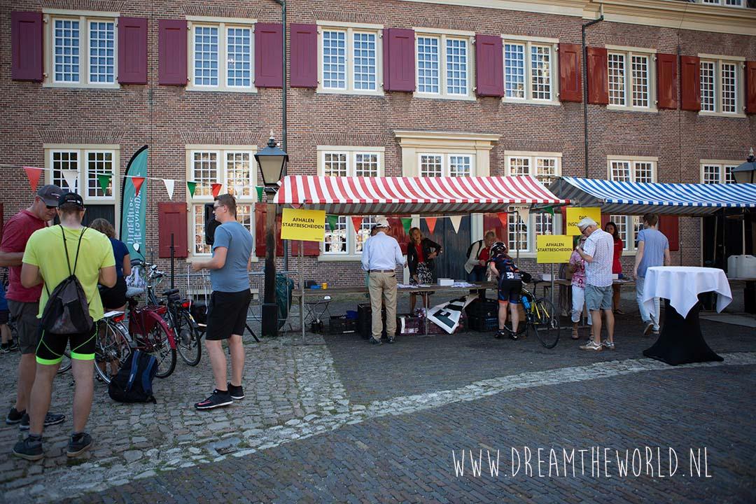 Utrechtse Fietsvierdaagse bij Slot Zeist