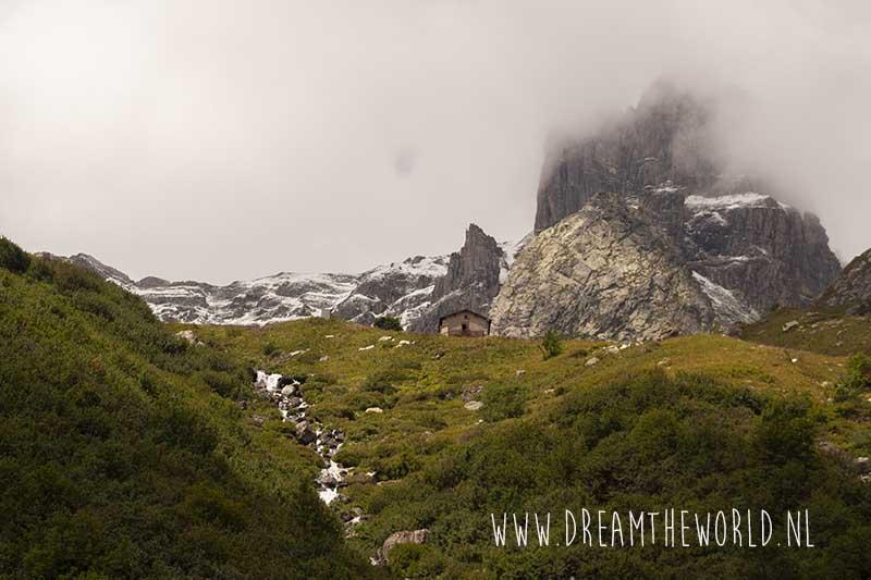 Wandelen in de Franse Alpen | Refuge la Balme